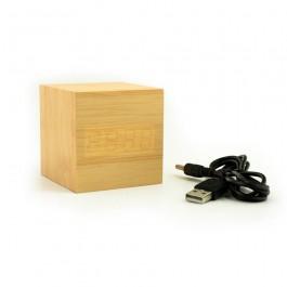 Hoentjen, houten klokje bamboe