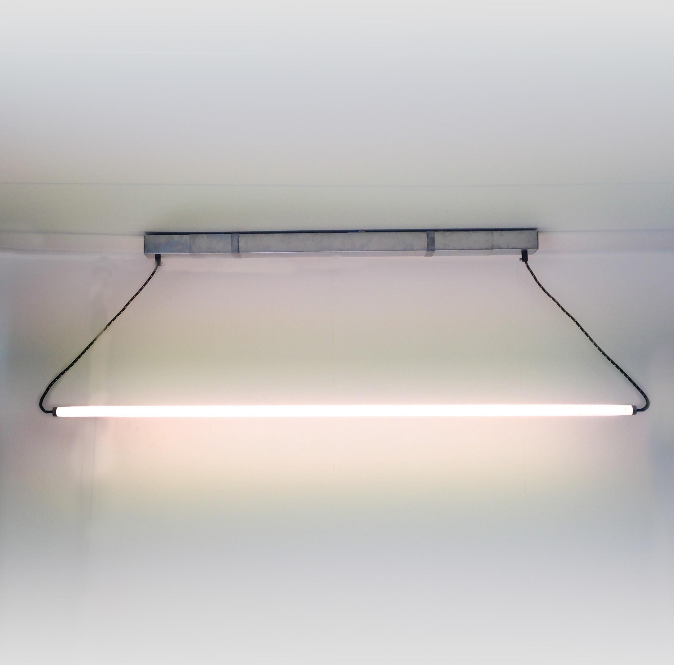 Verstelbare TL design lamp