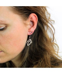 Houten oorbel, diamant breed klein