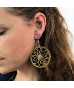 Houten oorbellen, bloem mandala kakigroen groot