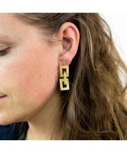 Houten oorbellen, ruitjes esdoorn